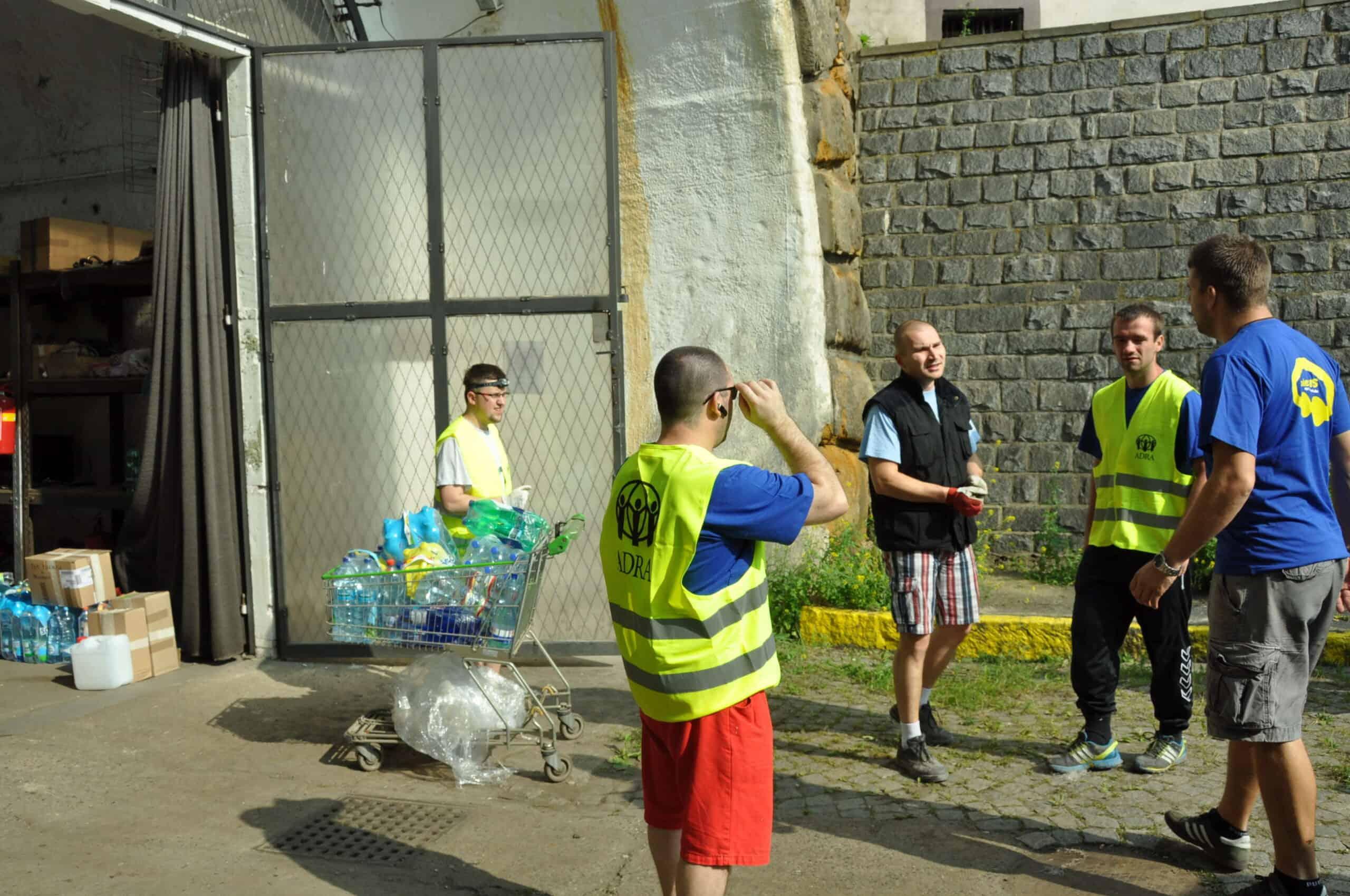 Distribuce materiální  pomoci